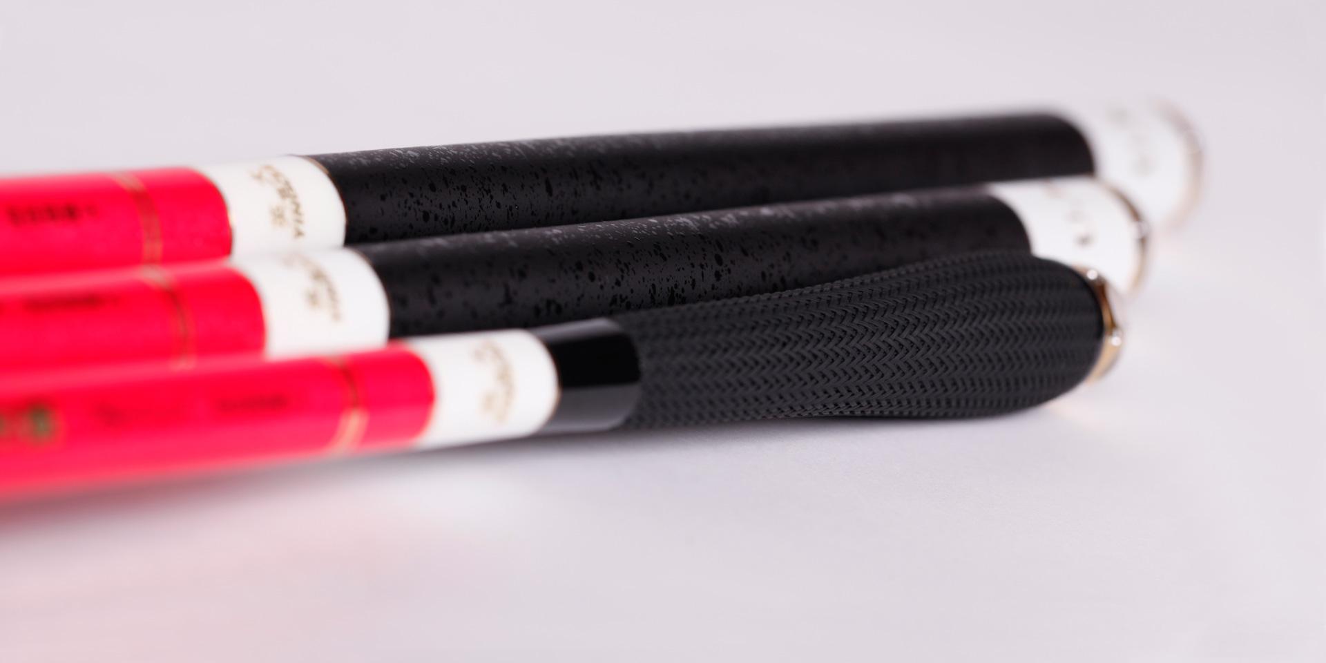 2.7m/3.0m配黑色橡胶防滑式葫芦型手把,手感舒适<br />3.6m/3.9m/4.5m/4.8m/5.4m/5.7m/6.3m配黑色特制起凸防滑式手把,握感优越